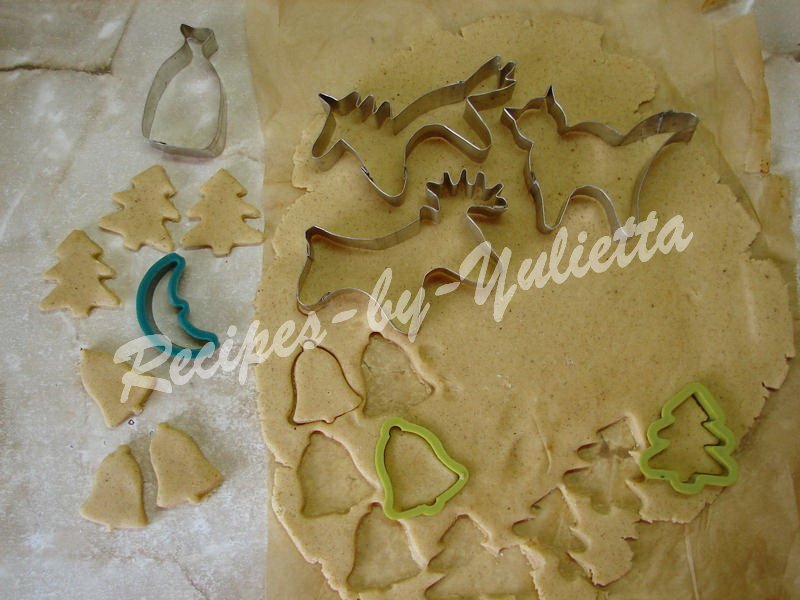 how to make cookies by cookie cutters