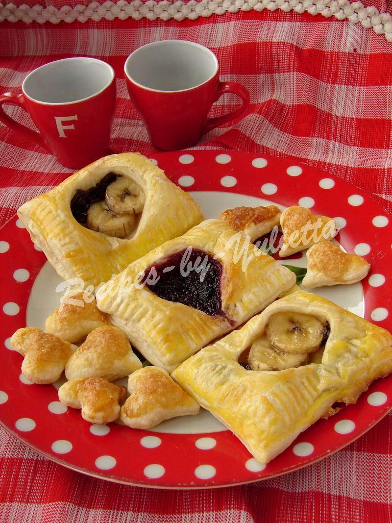 puff pastries banana chocolate