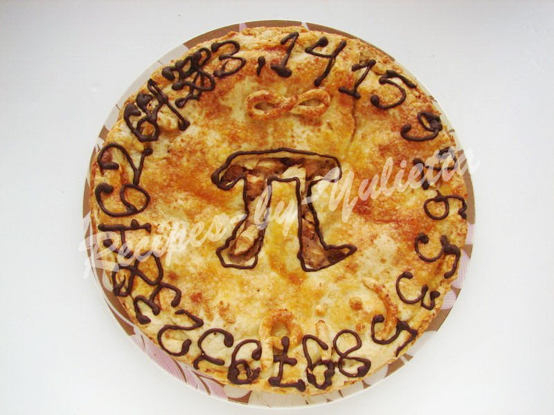 easy pi pie with apples