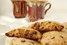 Whole wheat chocolate drop cookies