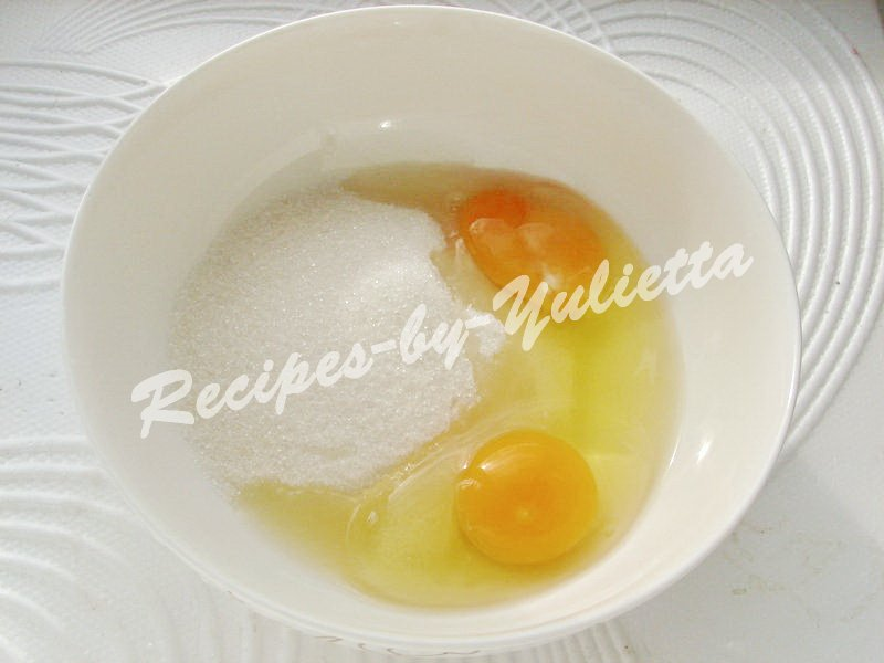 mix eggs and sugar